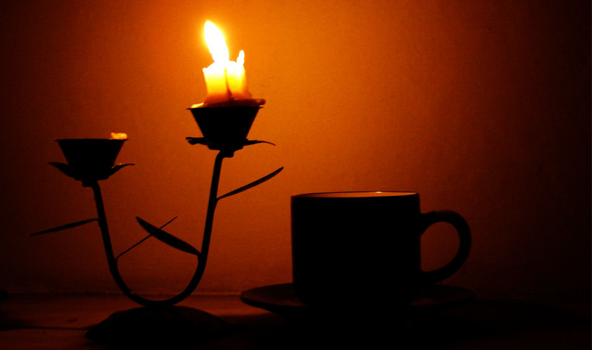 Candle Light Tea, by Jalal Hameed Bhatti / flickr